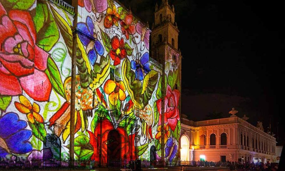 Conexstur-tour-operator-mexico-yucatan-events-friday-video-mapping