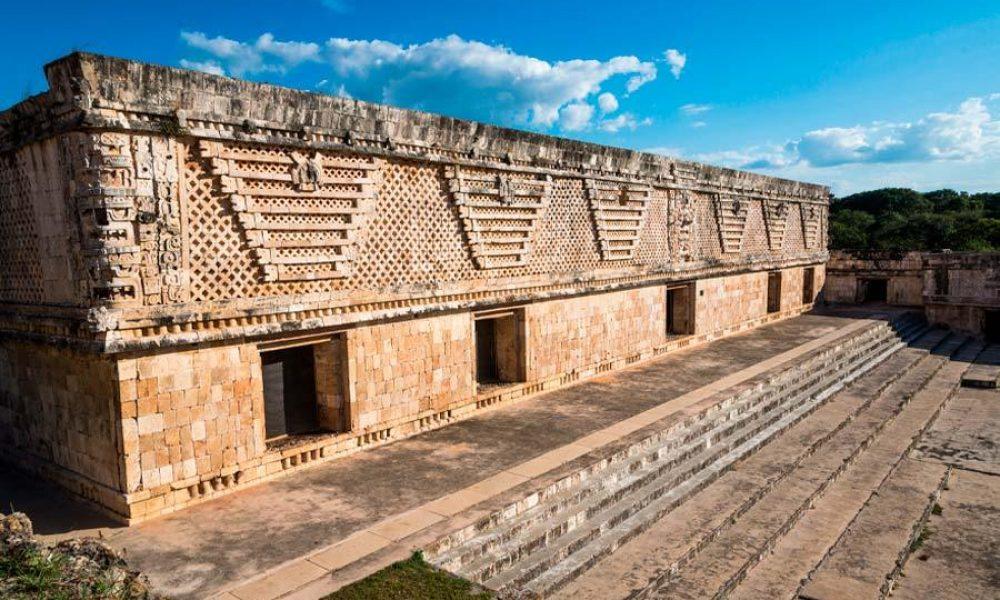 Conexstur-tour-operator-mexico-know-wonders-Yucatan